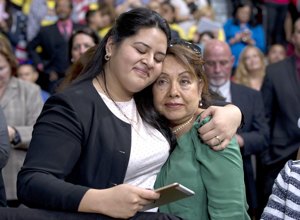 Una peruana es líder en campaña de Hillary Clinton