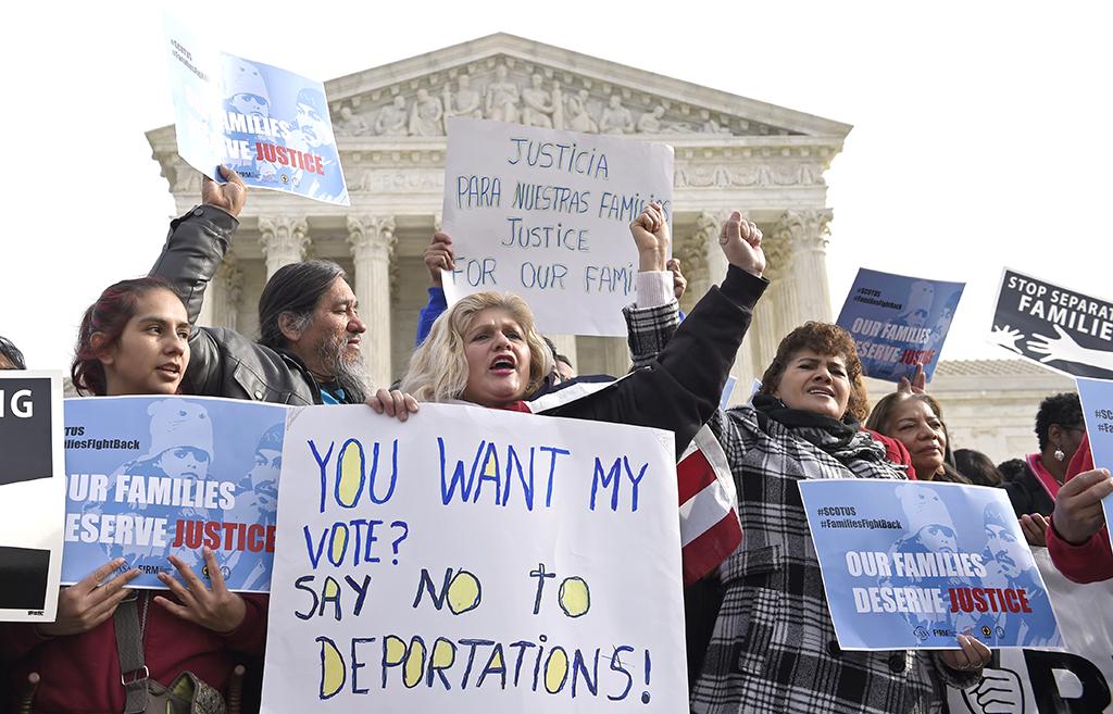 Activistas proinmigrantes dicen confiar en Corte Suprema