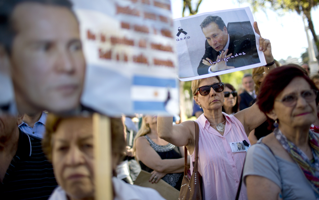 Argentina: Nisman fue asesinado, según fiscal