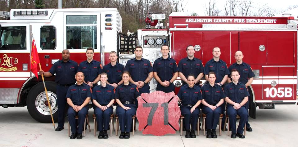 Mujeres bomberos quieren dejar su marca en Arlington