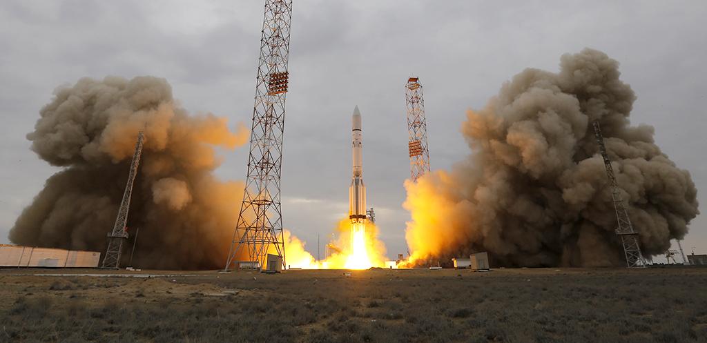 Lanzan sonda a Marte para buscar signos de vida