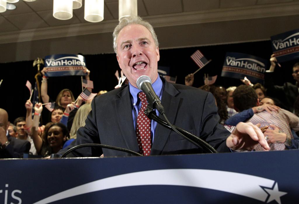 Además de Clinton y Trump en la carrera por la nominación presidencial, Chris Van Hollen, D-Md., fue uno de los grandes triunfadores de Maryland. (AP Photo/Patrick Semansky)