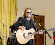 Fher en la Casa Blanca. (AP Photo/Jacquelyn Martin)