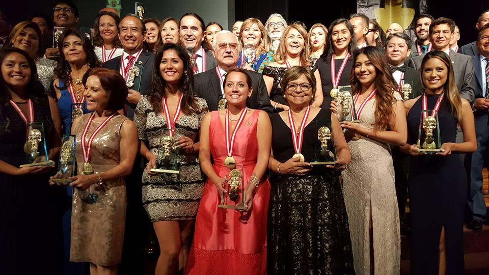 """Entregan el Tumi USA Award,  el """"Oscar"""" de los peruanos"""