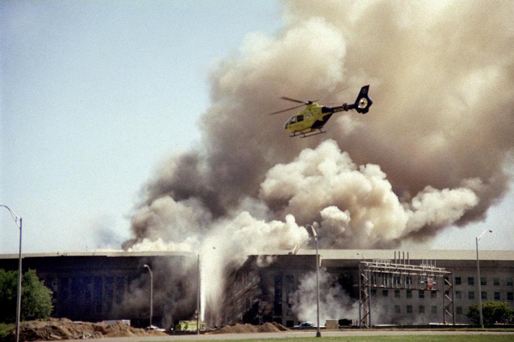Conmemoran 15 años del 9/11 con seis minutos de silencio