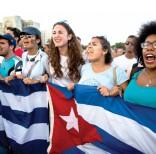 fidel-jovenes-marchan-plaza-revolucion