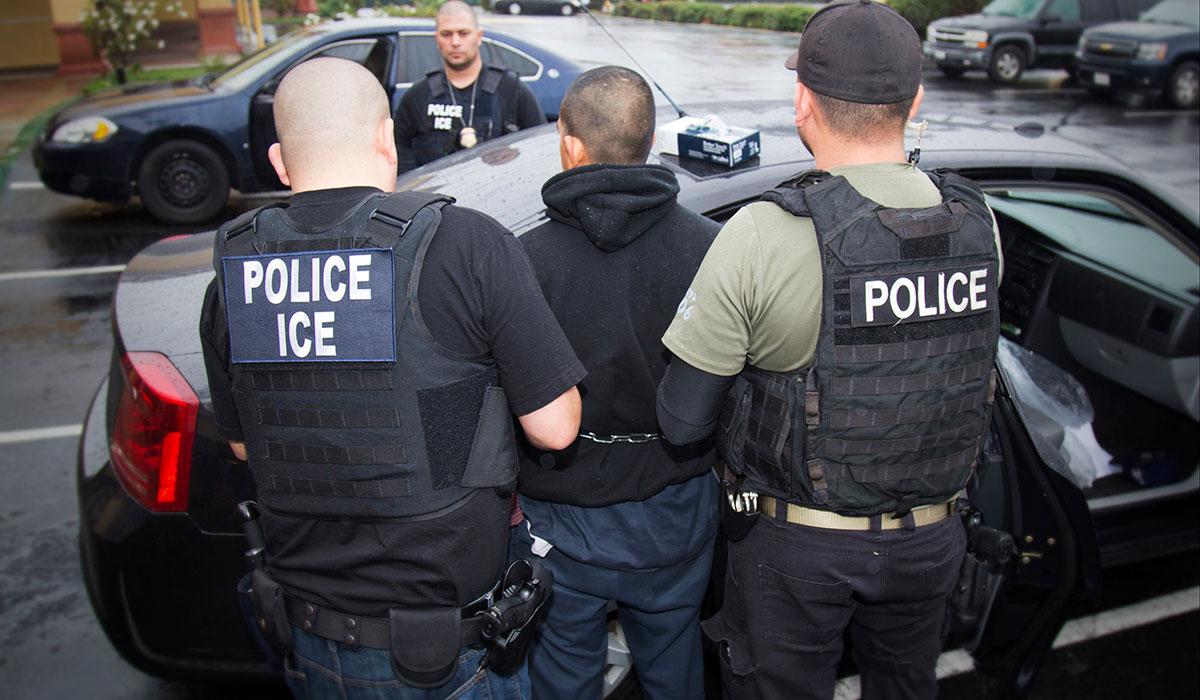 Foto-Nota-1-ICE-arresta-inmigrante