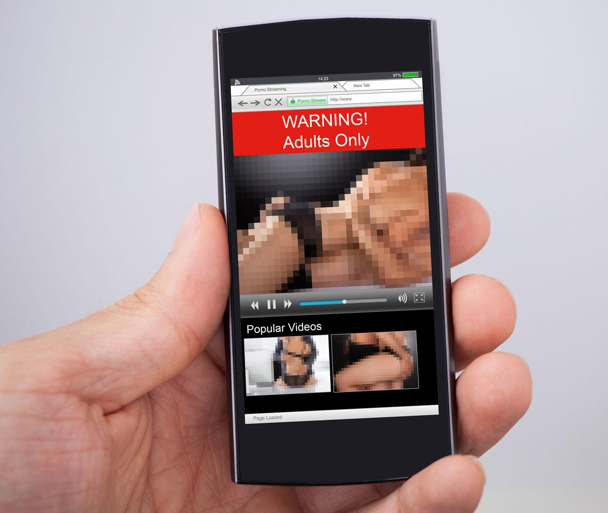 Primera condena por ley de pornografía