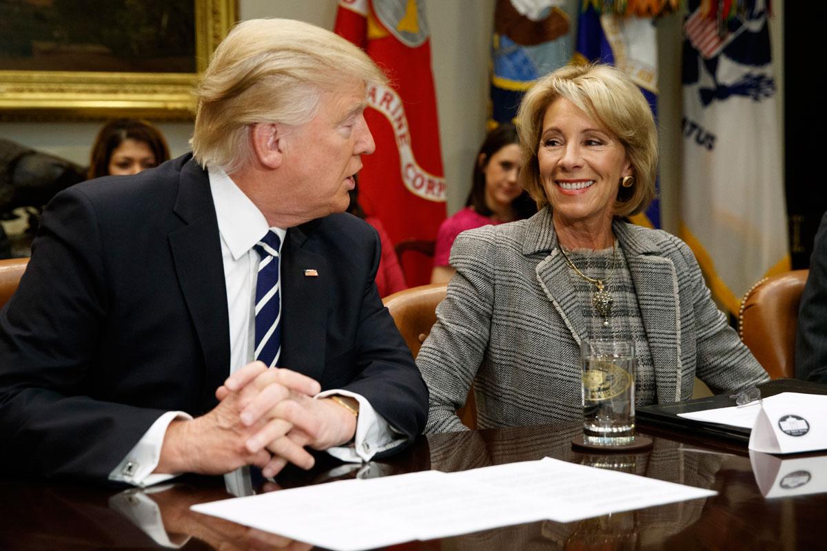 Trump planea recortar el presupuesto de las escuelas públicas