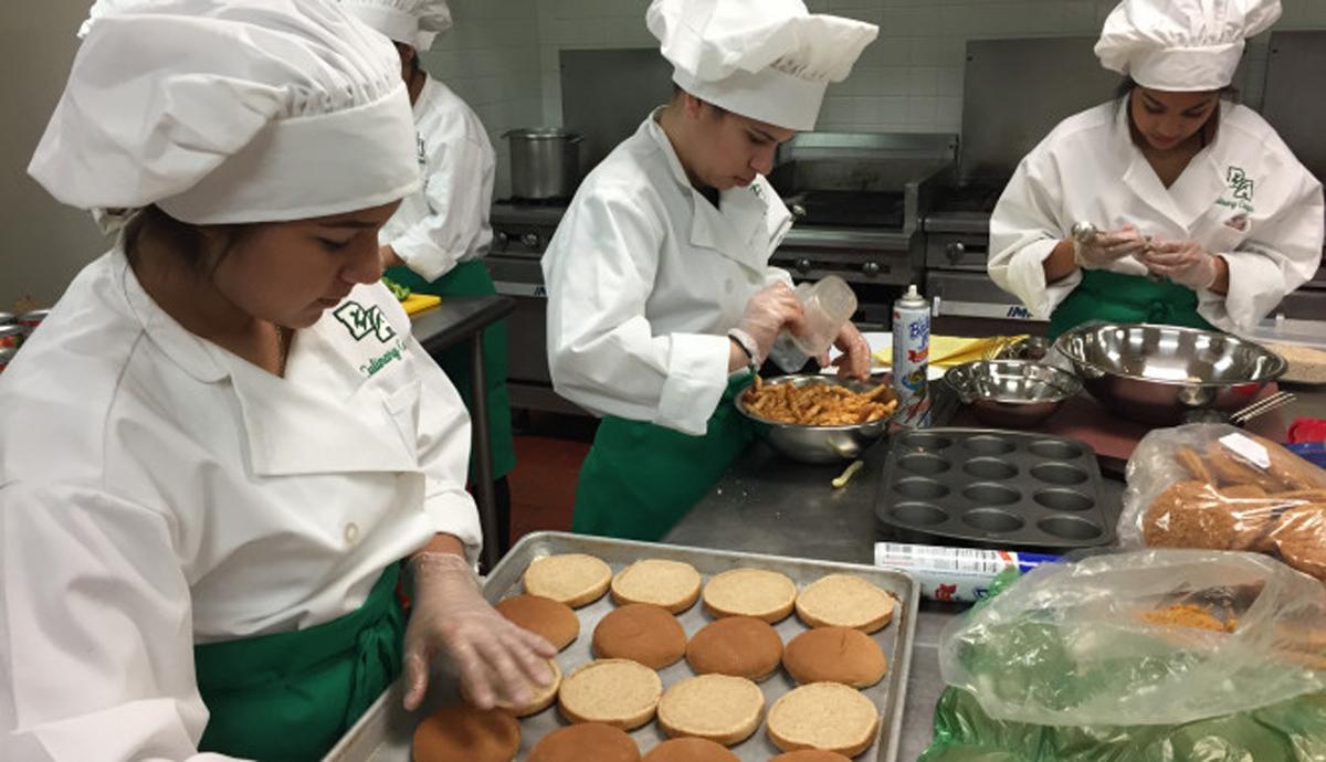Aseguradoras presentan plan para estabilizar mercado for Cocinando el cambio