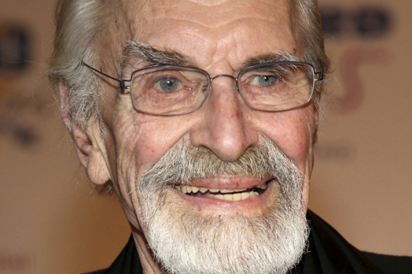 FILE - In this March 2, 2014, file photo, Martin Landau arrives at the 24th Night of 100 Stars Oscars Viewing Gala at The Beverly Hills Hotel in Beverly Hills, Calif. Landau died Saturday, July 15, 2017, of unexpected complications during a short stay at UCLA Medical Center, his publicist Dick Guttman said. He was 89. (Photo by Annie I. Bang /Invision/AP, File)