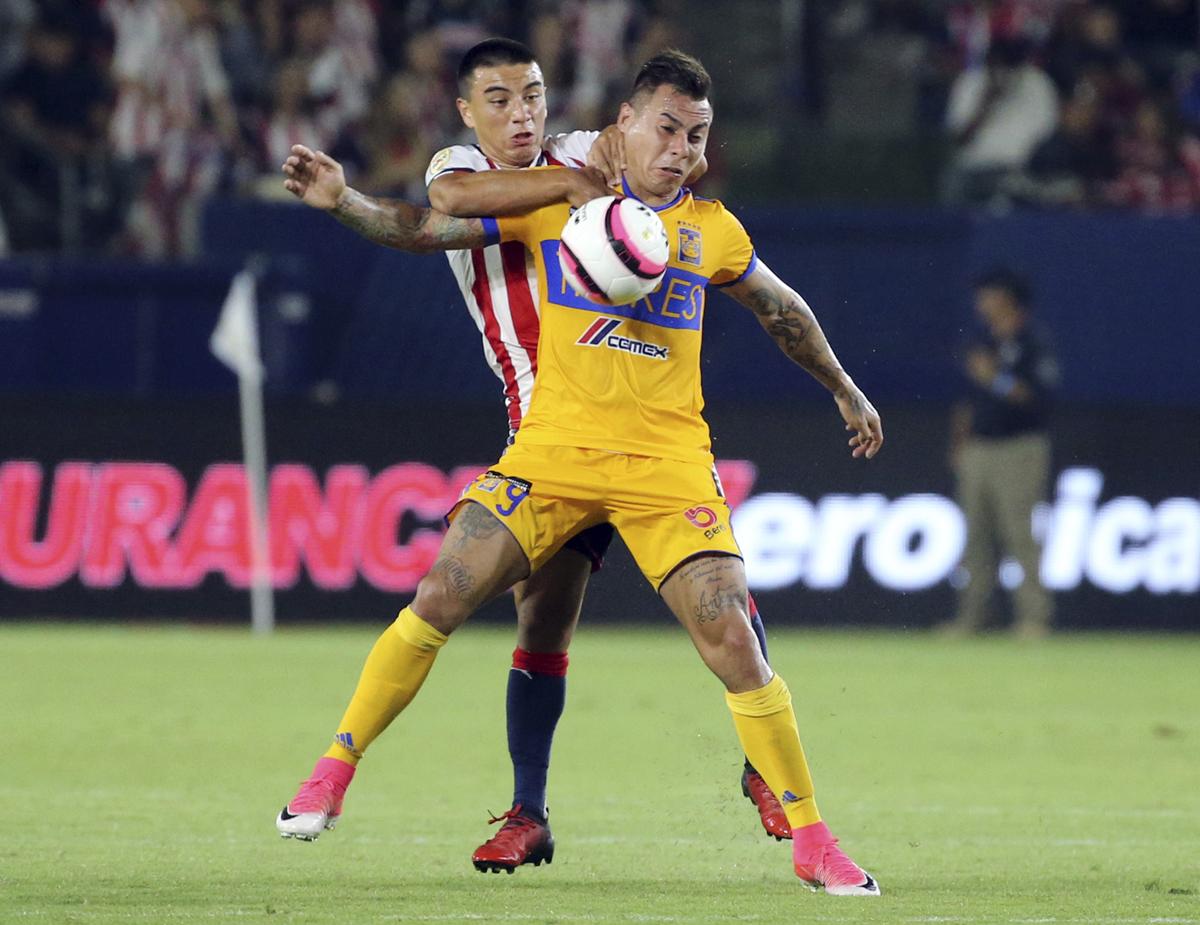 """Vargas da al Tigres el título de """"Campeón de Campeones"""""""