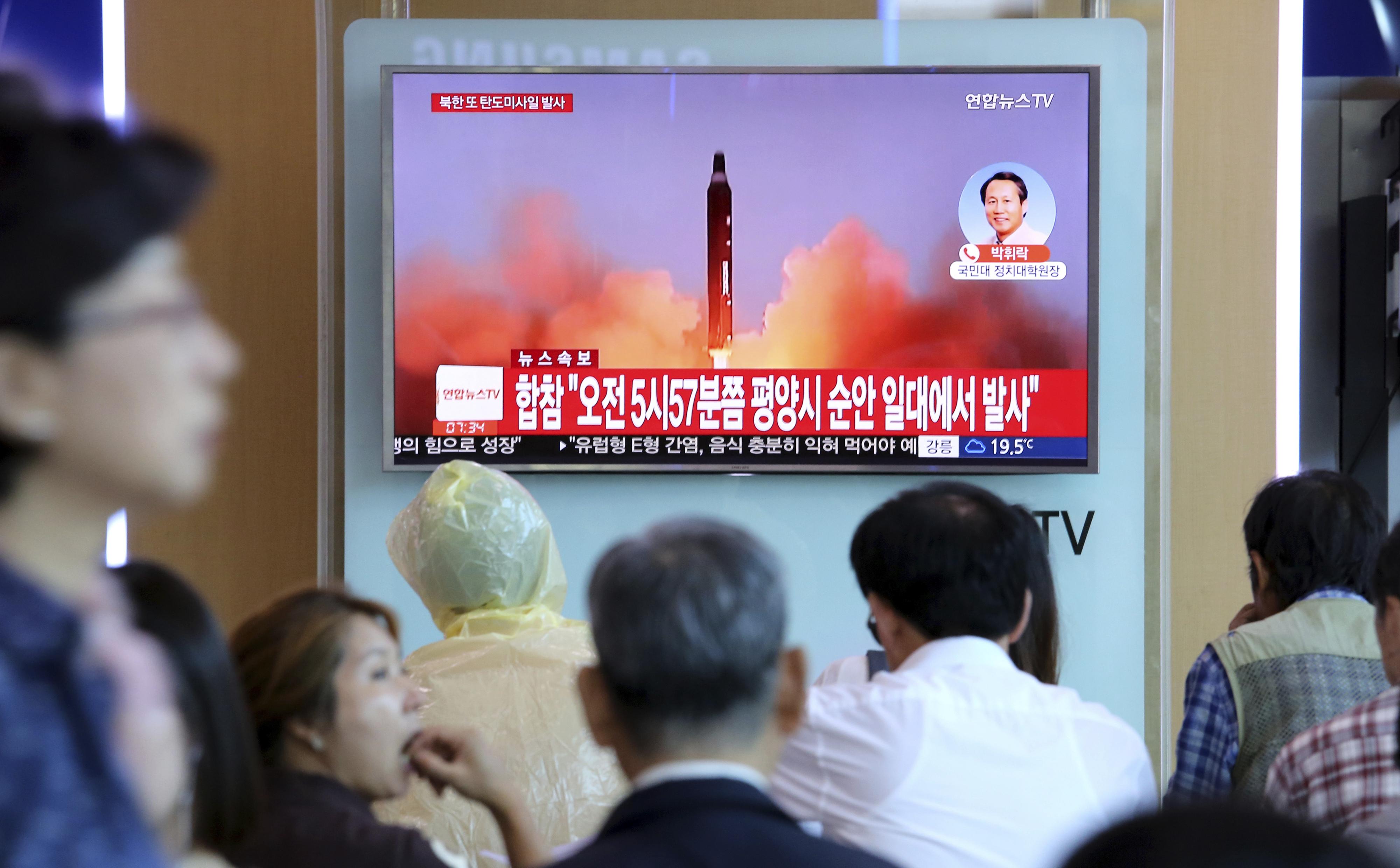 Corea del Norte lanza misil que pasa sobre Japón — Crece tensión