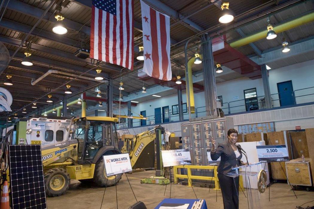 Washington creará Academia de Infraestructura