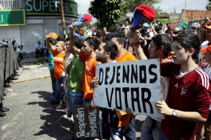 Borges: No participar en comicios no debe ser sancionado