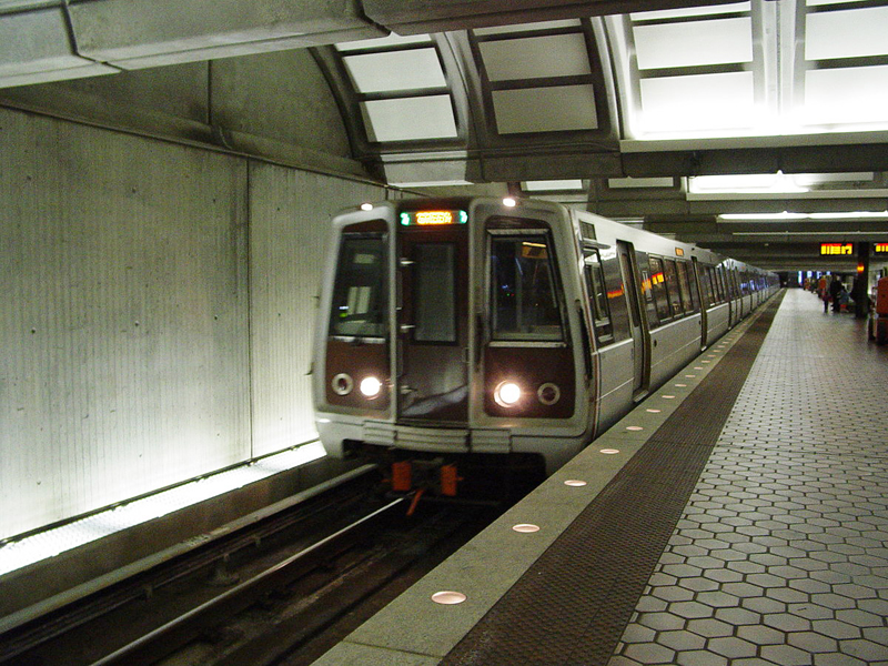 Metro planea reembolsar a sus usuarios
