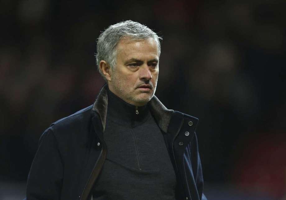 Copa FA con importancia especial para United, Chelsea, Spurs