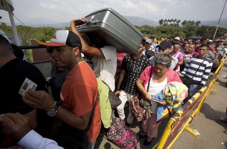 EEUU enviará alimentos y medicinas a migrantes venezolanos