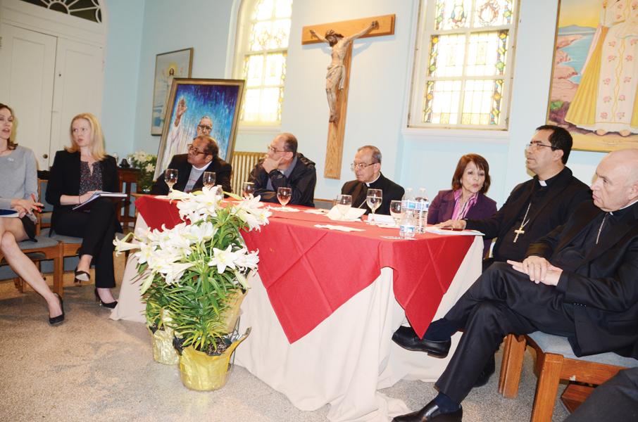 Obispos salvadoreños piden solución permanente para afectados por TPS