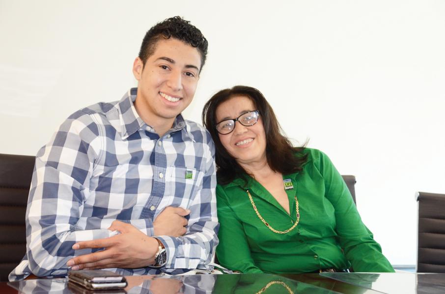 Dona riñón y salva a su madre