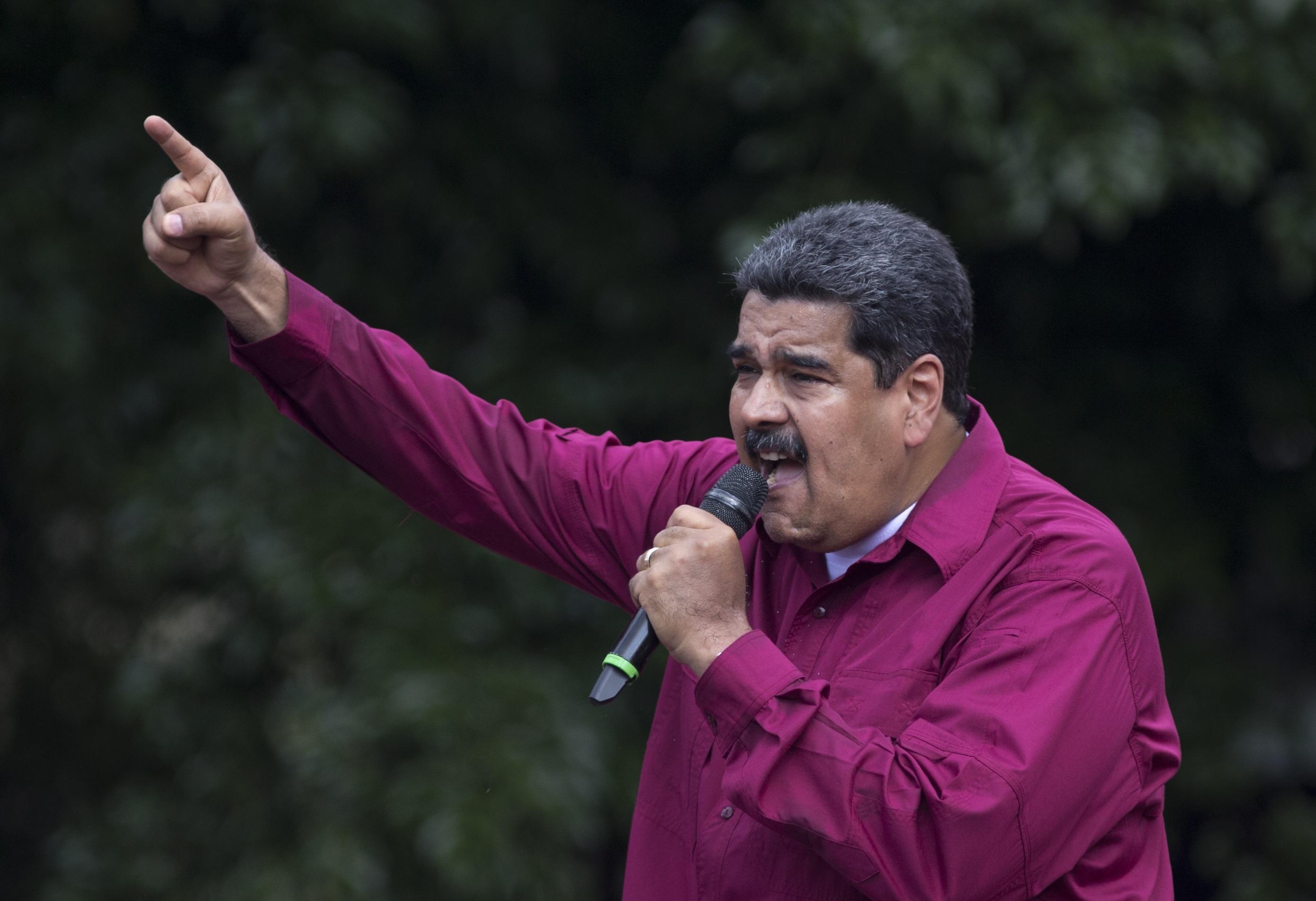 EEUU pide renuncia del presidente venezolano Nicolás Maduro