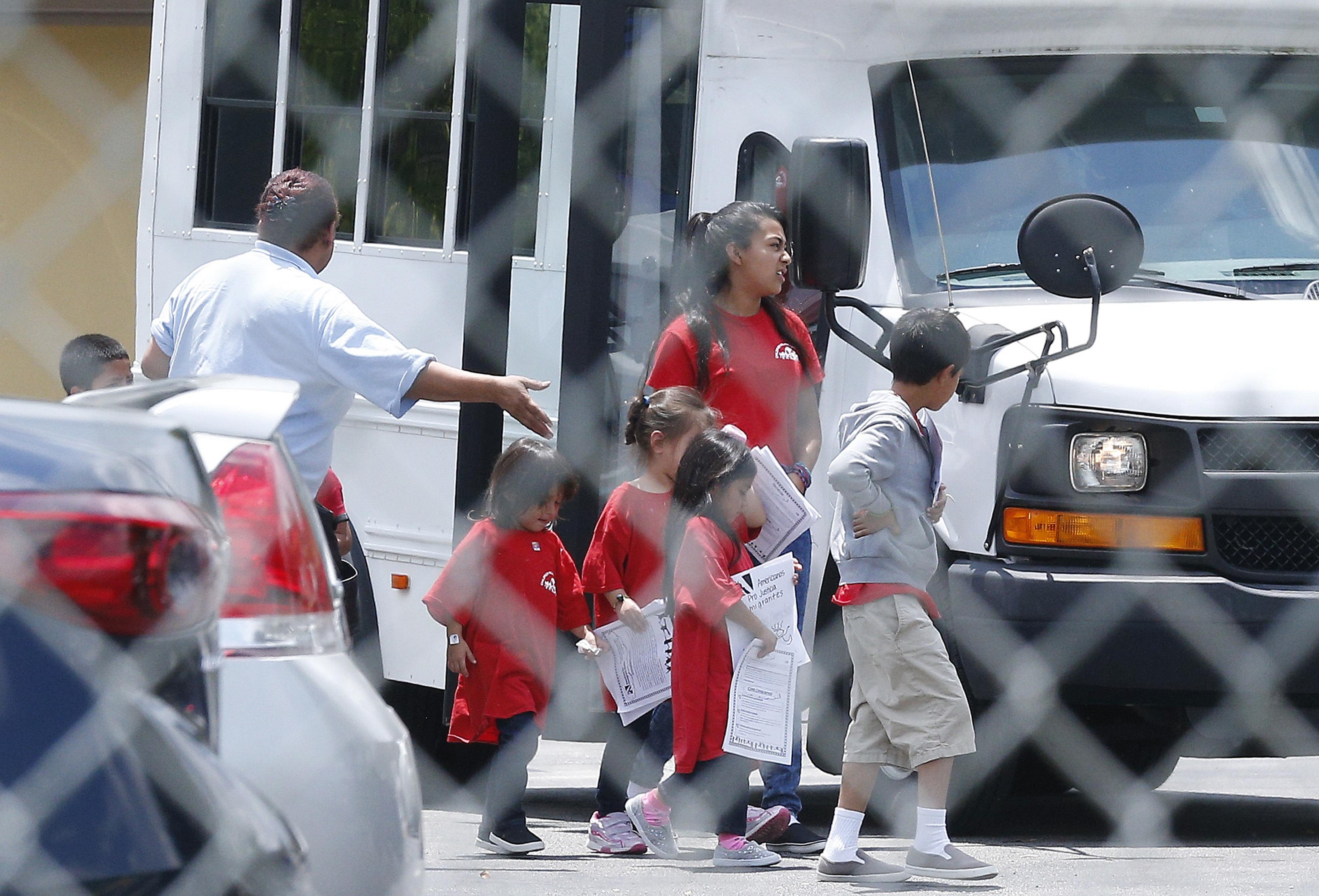 Estados demandan a gobierno de EEUU por separación familiar