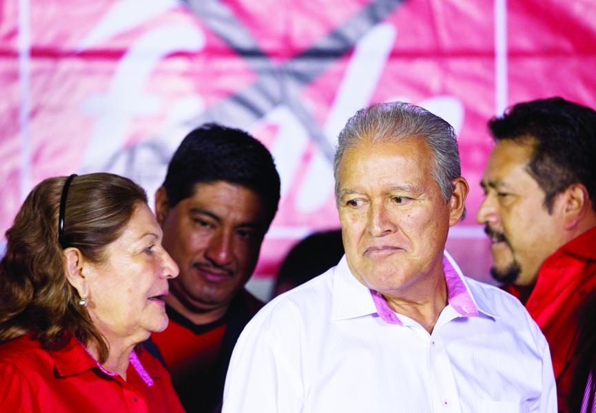 Salvadoreños del DMV:  cómo empadronarse y votar