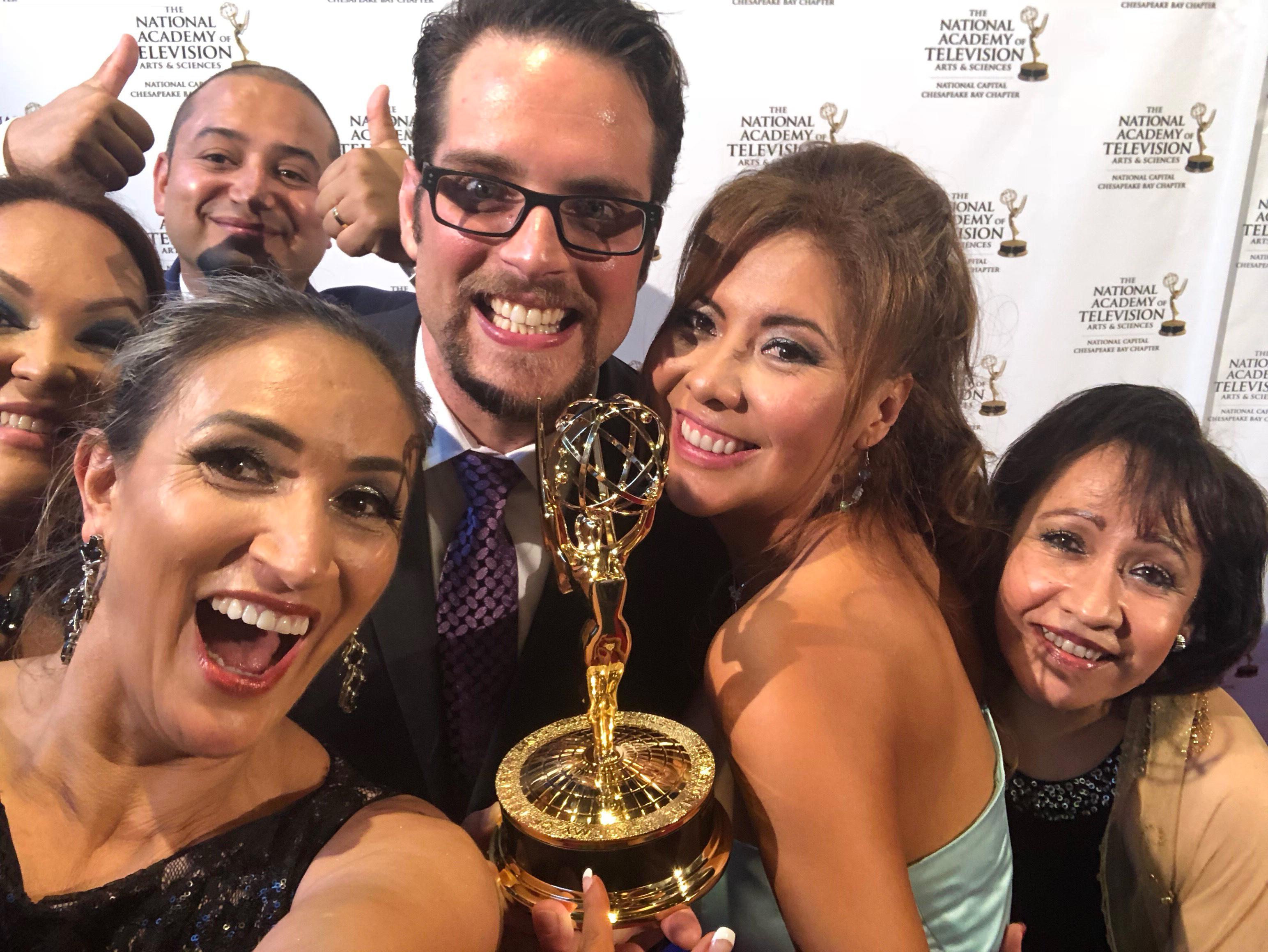 Periodistas hispanos de DC son  reconocidos con premios Emmy