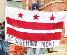 Foto 2-DC_statehood_now_flag