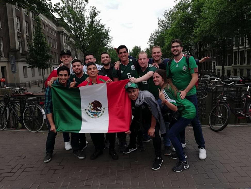 ¿Cánticos mexicanos en el fútbol?