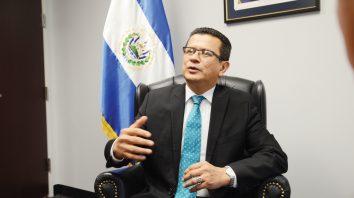 Hugo Martínez-candidato presidencial