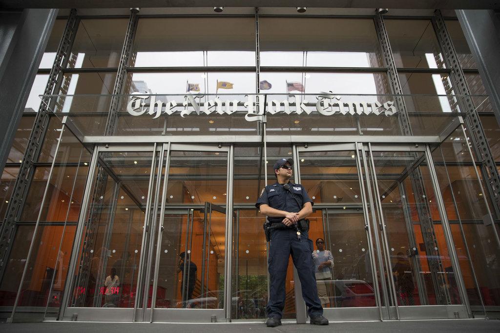 """Funcionario anónimo denuncia """"amoralidad"""" de Trump en NYT"""