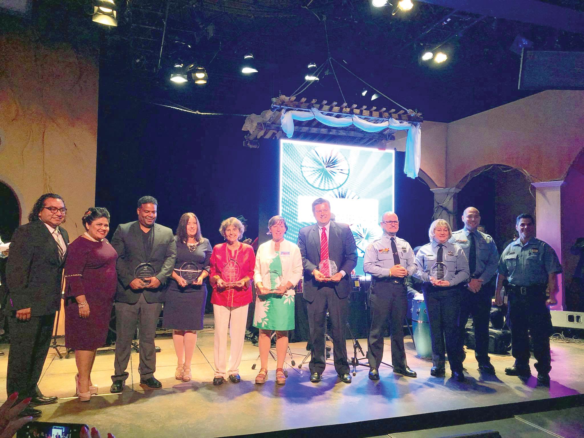 Oficina para Asuntos Latinos (MOLA) presenta Noche Cultural y Award
