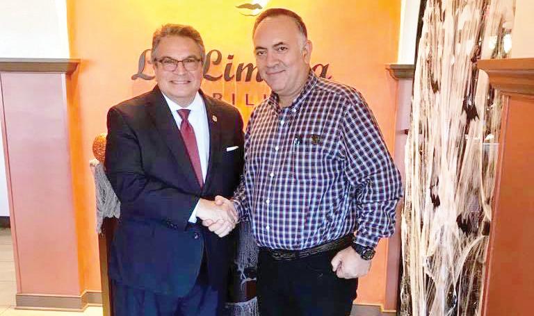 Foto 1-Alcalde Gotera y Luis Borunda0-MD
