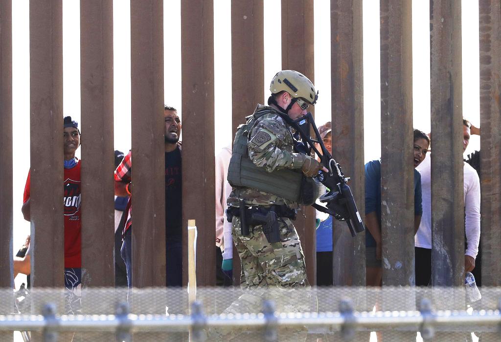 Informe: Hay menos inmigrantes sin estatus legal en EEUU
