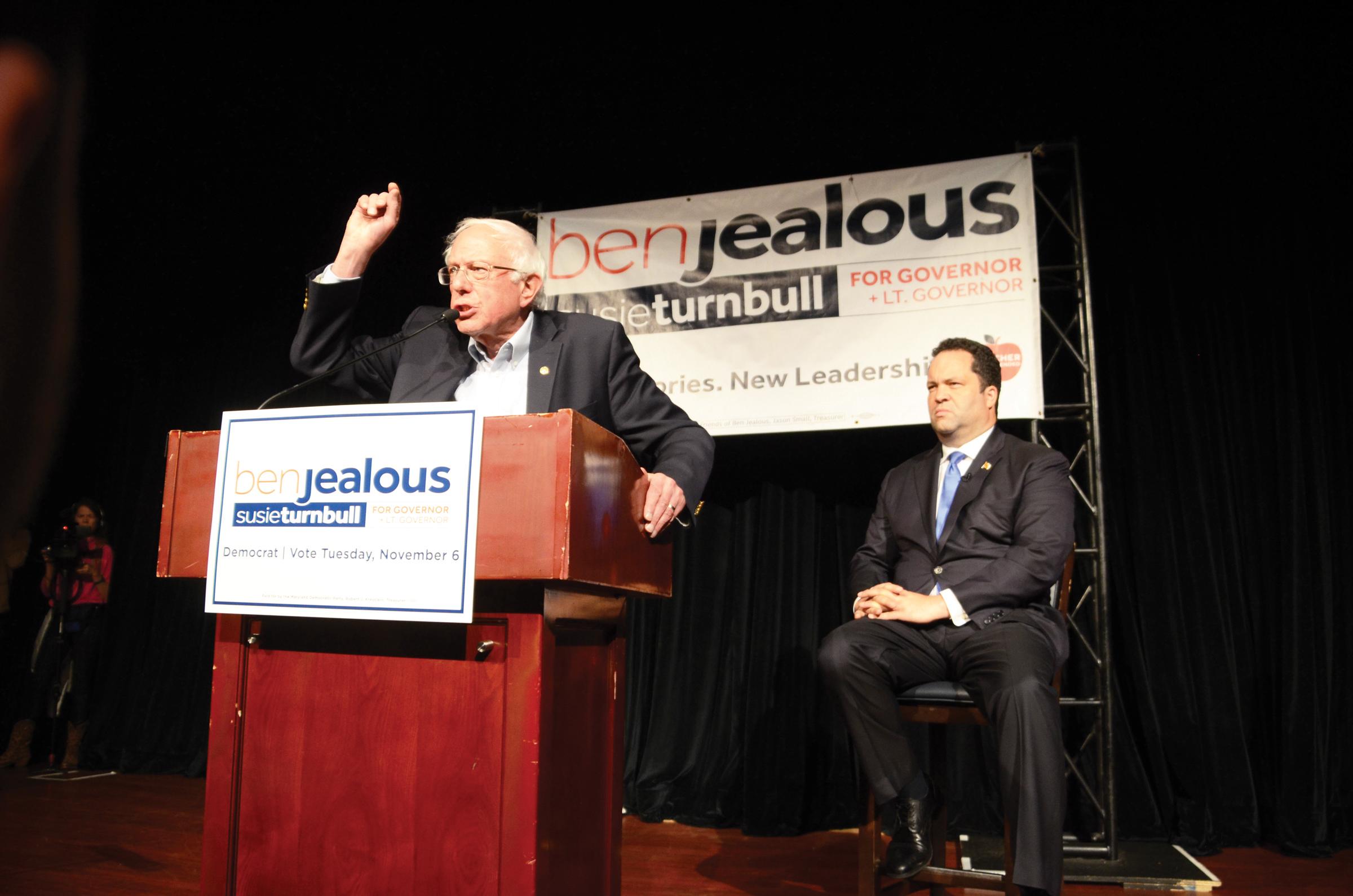 Bernie Sanders hace campaña para Jealous
