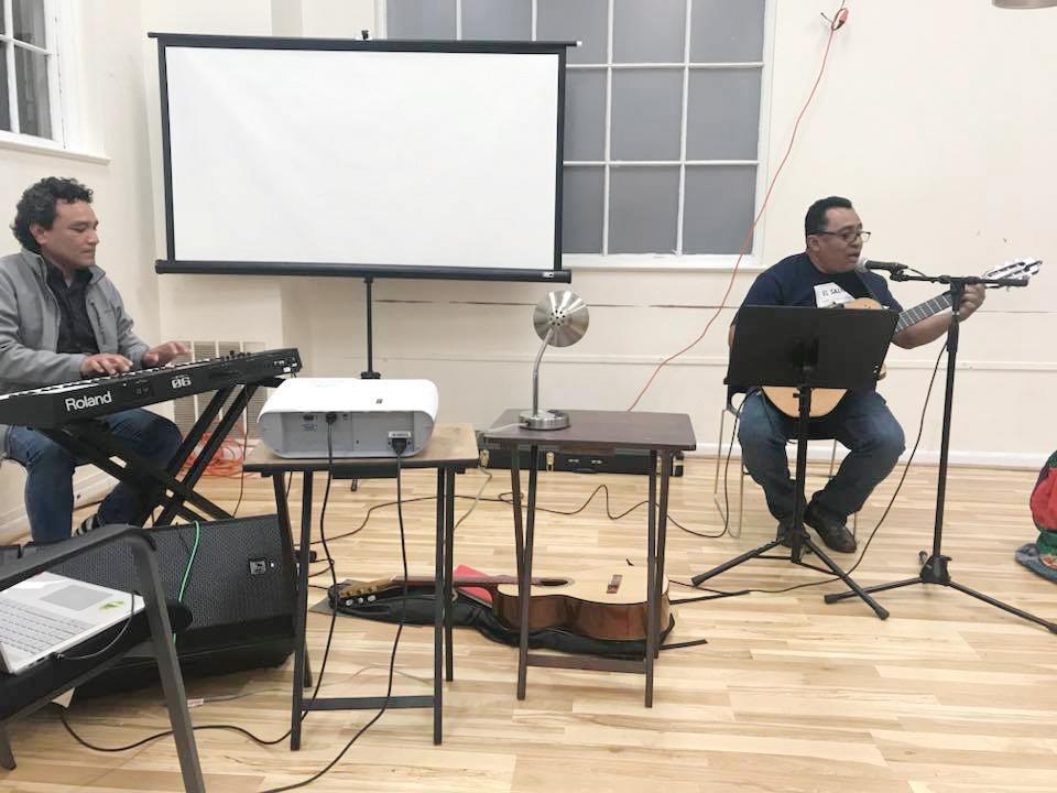 Peña cultural en Consulado de El Salvador