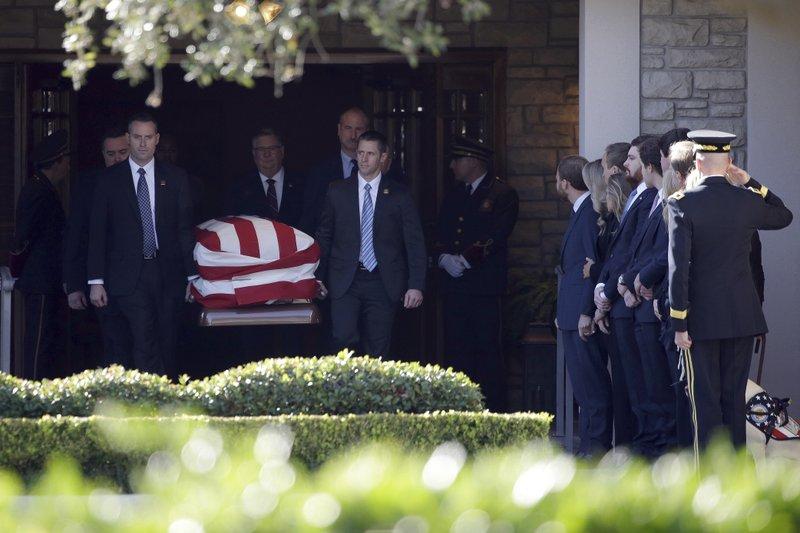 Recuerdan a Bush como un hombre de integridad extraordinaria