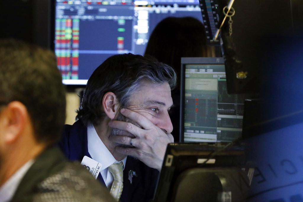 Tras anuncio negativo de Apple, Wall Street está a la baja