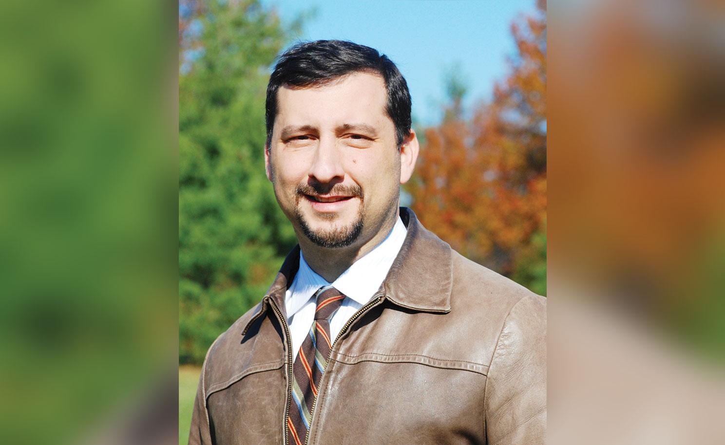 Elrich designa a Adam Ortiz en el DEP