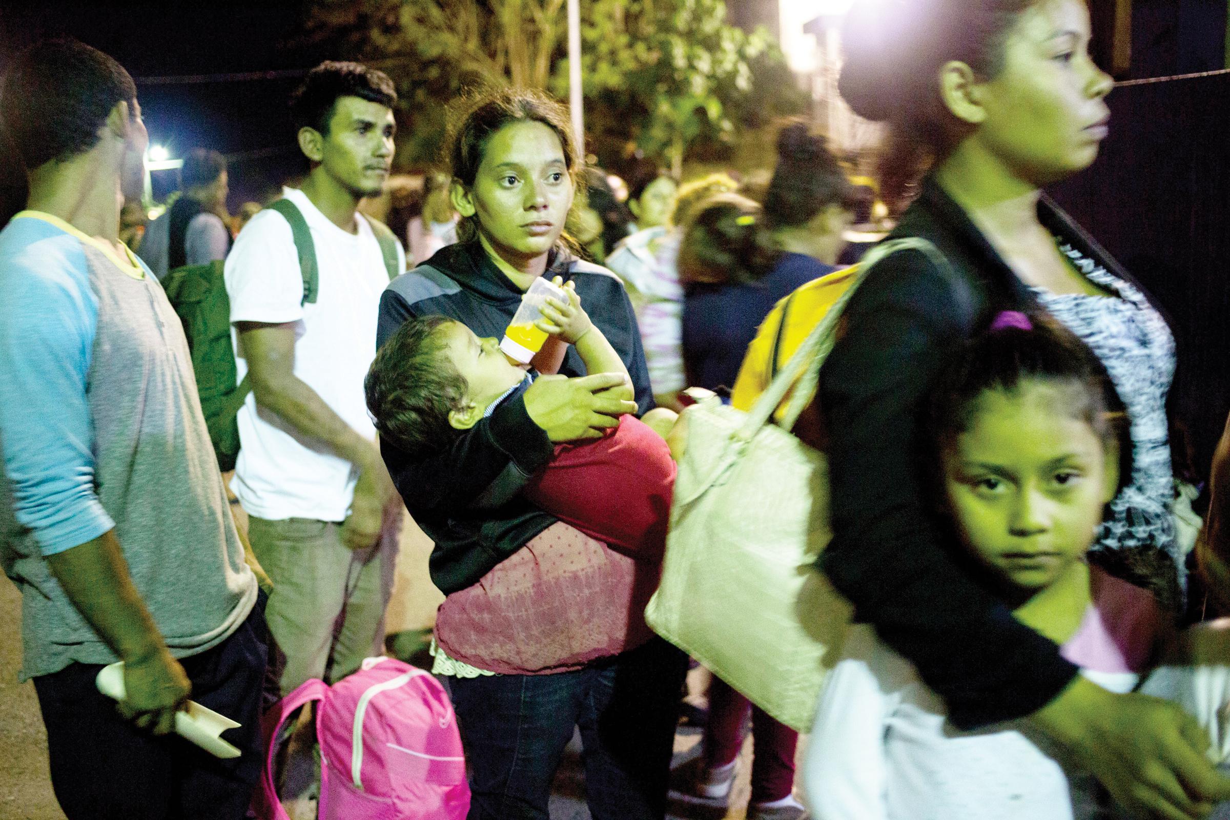 Más migrantes hondureños rumbo a México y EEUU