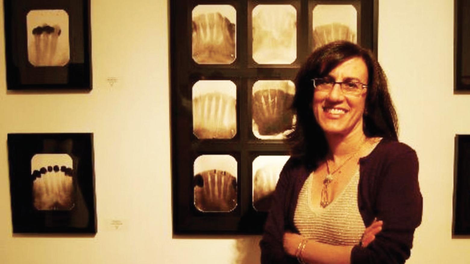 Exposición Interactiva el Arte de los Inmigrantes de la Artista Muriel Hasbún