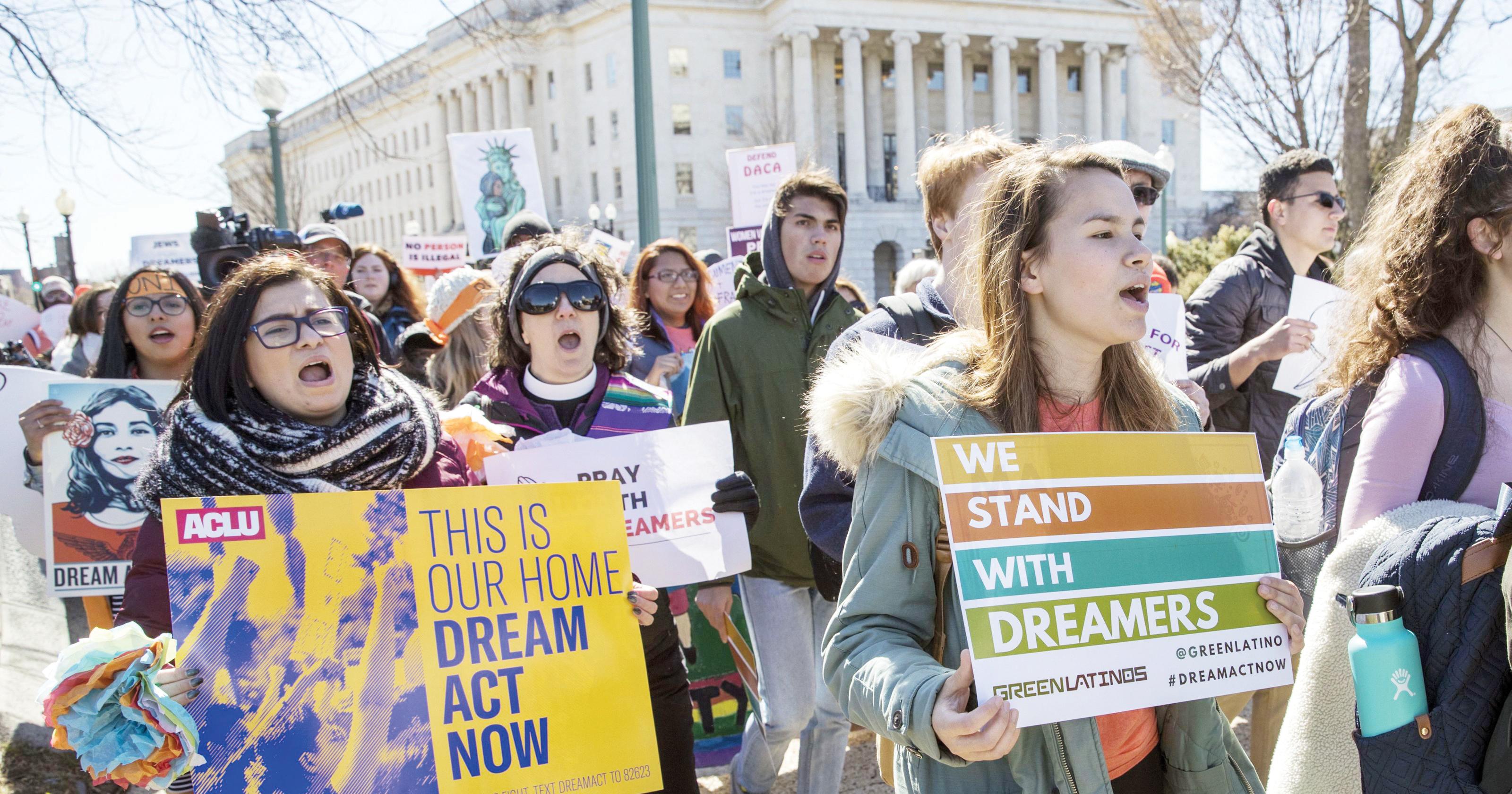 Se abre luz de  esperanza para  Soñadores y TPS