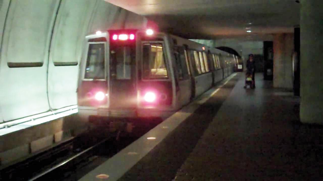 Tras violación enjuicia a  Metro por $20 millones