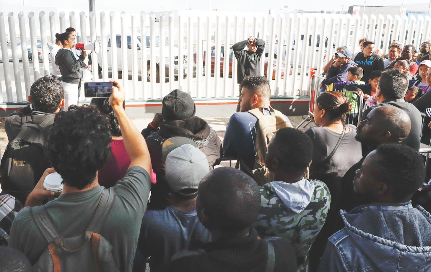 Nueva regulación frena el asilo para migrantes