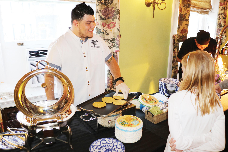 Graduado en Carlos Rosario ahora es un Executive Chef