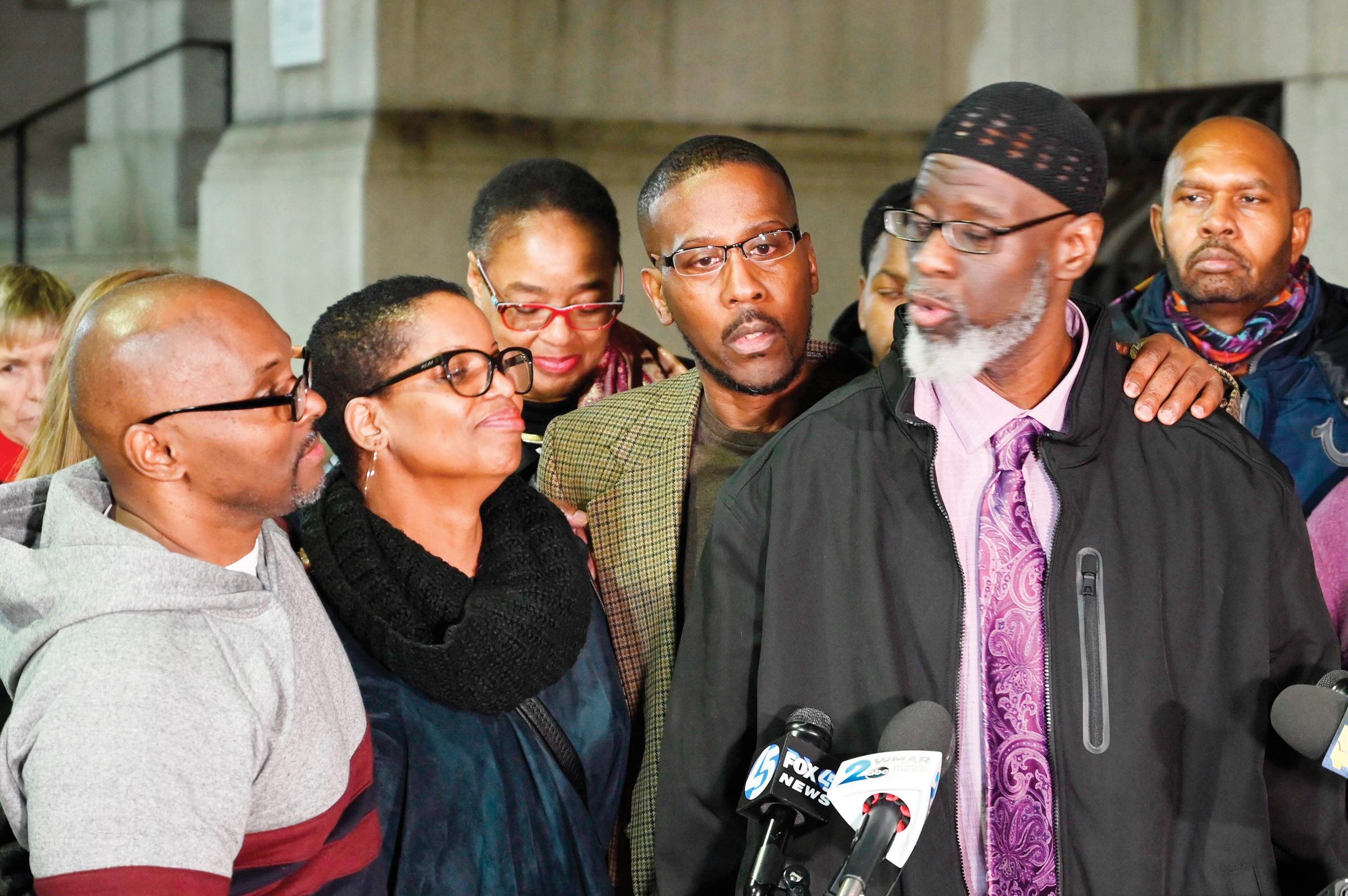 Exoneran a tres de asesinato en MD