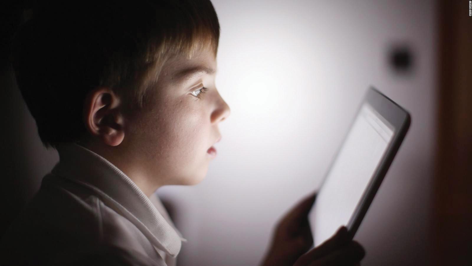 Más niños adictos frente a la pantalla