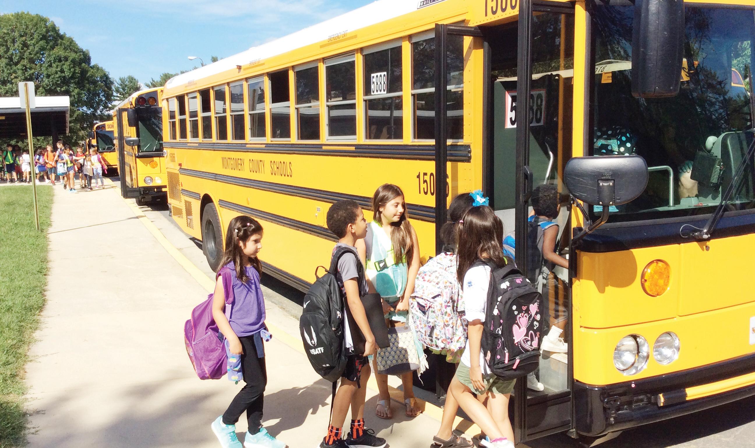 Programan mejoras a 800 buses escolares