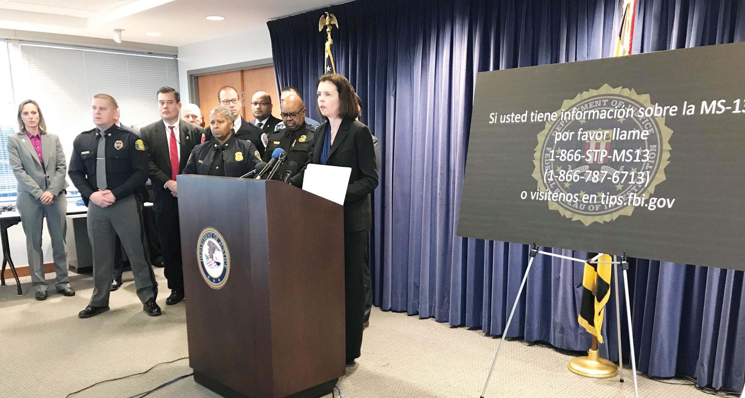 """Departamento de Justicia anuncia """"Línea Caliente"""""""